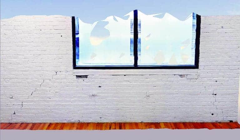 Un maillage de réalité 3D d'un mur de briques intérieur.